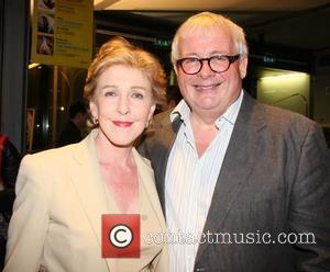 Patricia Hodge Writing Memoirs