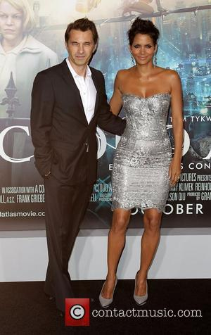 Olivier Martinez and Halle Berry Premiere of 'Cloud Atlas' at Grauman's Chinese Theatre Hollywood, California - 24.10.12