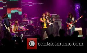 Paul Rodgers  performs on stage with The Sheepdog at the 12th Annual Indies Awards during the 2012 Slacker Canadian...