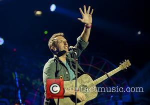 Chris Martin Hires Therapist To Help Him Sleep