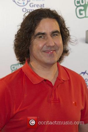 Comic Micky Flanagan Scraps Shows After Mum's Death
