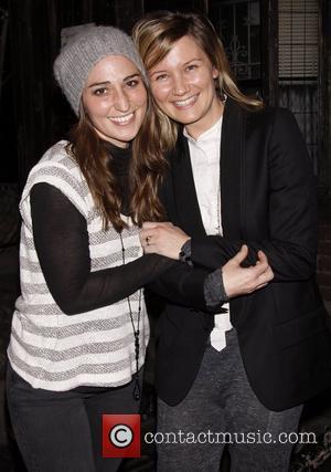 Sara Bareilles and Jennifer Nettles