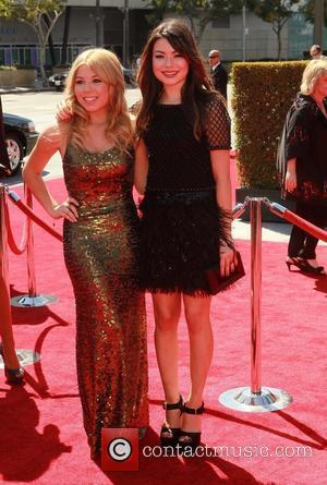 Jennette McCurdy, Miranda Cosgrove 2012 Creative Arts Emmy Awards, held at Nokia Theatre - Arrivals Los Angeles, California - 15.09.12