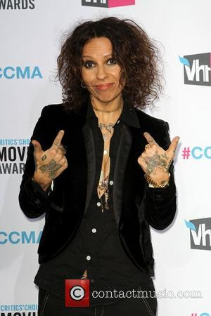 Linda Perry 17th Annual Critic's Choice Movie Awards - Arrivals Los Angeles, California - 12.01.12