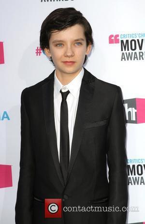 Asa Butterfield 17th Annual Critic's Choice Movie Awards - Arrivals Los Angeles, California - 12.01.12