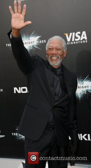 Morgan Freeman Trying Different Treatments For Injured Hand