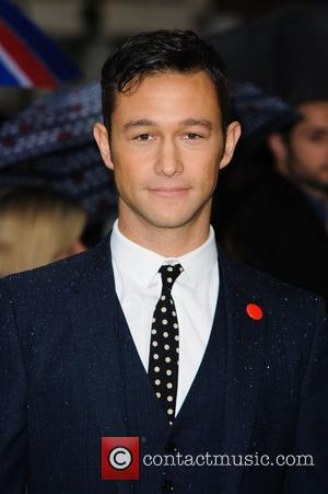 Joseph Gordon-levitt's 'Looper' To Open Toronto Film Festival