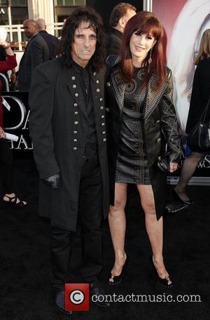 Alice Cooper and Cheryl Cooper Dark Shadows Premiere at Grauman's Chinese Theatre Hollywood, California - 07.05.12