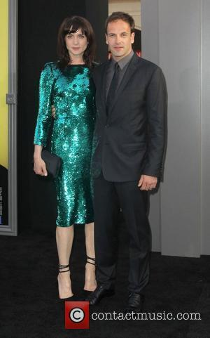 Jonny Lee Miller, Michele Hicks and Grauman's Chinese Theatre