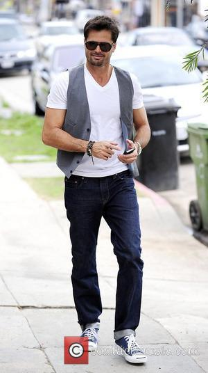 David Charvet wearing a vest while out running errands in Venice Los Angeles, California - 29.11.11