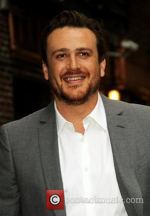 Jason Segal Celebrities arrive at The Ed Sullivan Theater for 'The Late Show with David Letterman'  New York City,...
