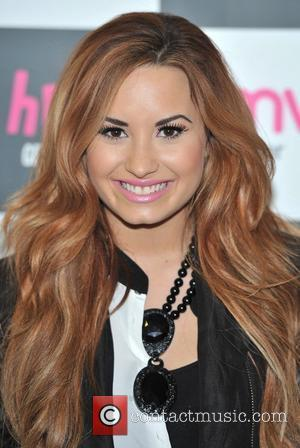Demi Lovato Starstruck After Beatle Encounter