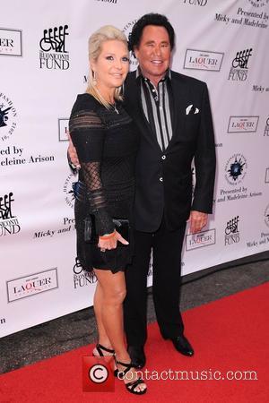 Wayne Newton, R and Kathleen Mccrone