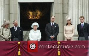 Queen Elizabeth Ii, Buckingham Palace and Prince William