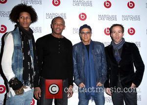 Guest, Dr Dre, Jimmy Lovine and Luke Wood