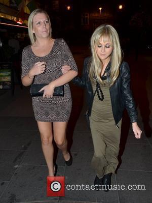Nikki Grahame walking to The Grafton Lounge bar Dublin, Ireland - 09.10.12