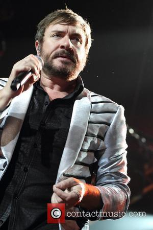 Simon Le Bon Undergoing Therapy For Twisted Knee