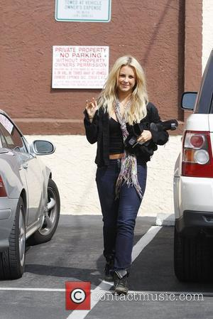 Chelsie Hightower Celebrities arrive at the rehearsal space for 'Dancing With the Stars' Los Angeles, California - 29.03.12