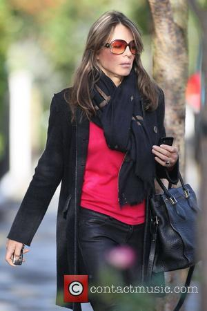 Elizabeth Hurley aka Liz Hurley leaving her house London, England - 17.10.12