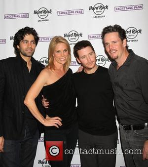 Adrian Grenier, Cheryl Hines, Kevin Connolly, Kevin Dillon and Hard Rock Hotel And Casino
