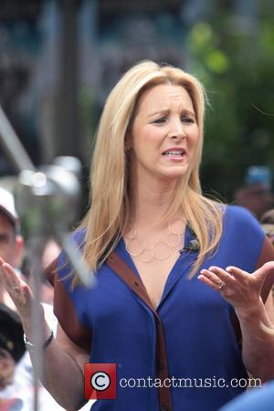 Lisa Kudrow Celebrities at The Grove to appear on entertainment news show 'Extra'  Los Angeles, California - 12.06.12