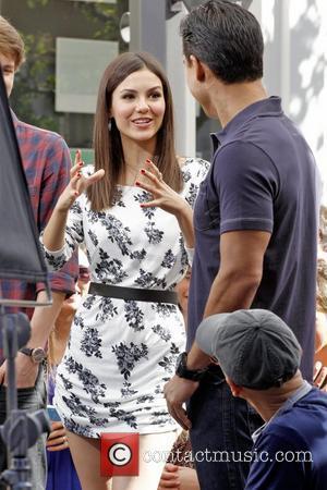 Victoria Justice and Mario Lopez