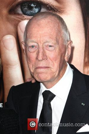 Max Von Sydow The New York Premiere of 'Extremely Loud and Incredibly Close' held at The Ziegfeld Theatre - Arrivals...