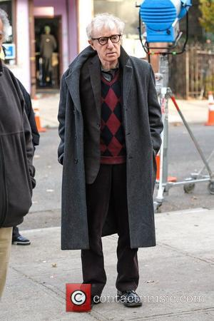 Woody Allen On location For 'Fading Gigolo' in Brooklyn New York City, USA - 12.11.12