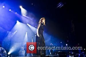 Florence Welch, The Machine and Arena