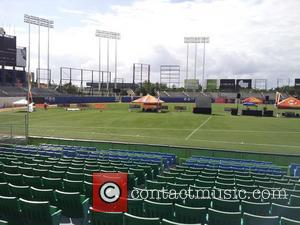 Atmosphere, Hiram Bithorn Stadium, Jennifer Lopez, Wisin, Yandel and Hurricane Sandy