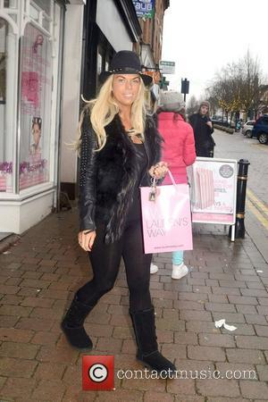 Frankie Essex and Lauren's Way