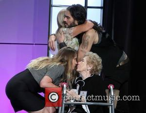 Mary M, Susie G, Russell Brand and Peggy Albrecht