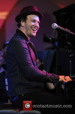 Gavin Degraw, Fairmont Hotel and Chicago
