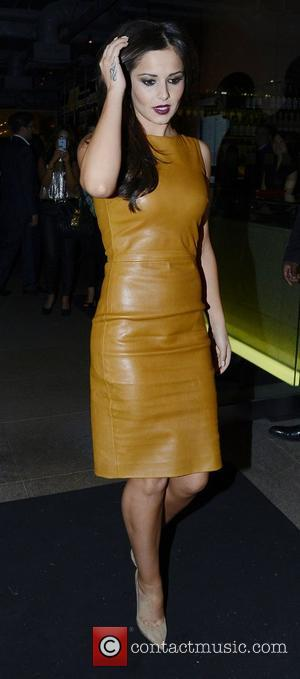 "Despite Leather Dress, Cheryl Cole ""Eats Herself To Death"" At Zuma"