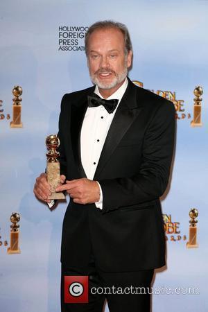 Kelsey Grammer, Berenice Bejo, Jean Dujardin, Ken Davitian, Golden Globe Awards and Beverly Hilton Hotel