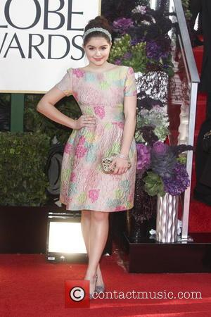 Ariel Winter, Beverly Hilton Hotel and Golden Globe Awards