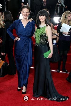 Emily Deschanel, Zooey Deschanel, Golden Globe Awards and Beverly Hilton Hotel