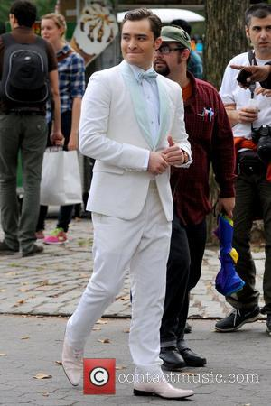 Ed Westwick The cast of 'Gossip Girl' filming on location in Manhattan New York City, USA - 15.10.12