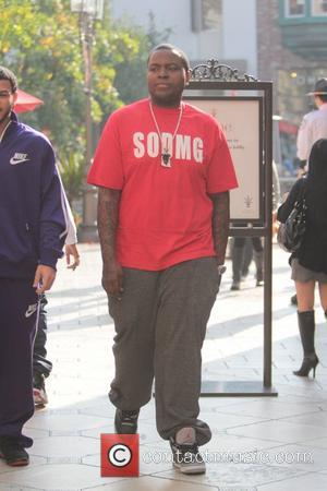 Sean Kingston Celebrities are seen shopping at The Grove Los Angeles, California - 26.11.12