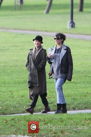 Gwen Stefani and Daisy Lowe