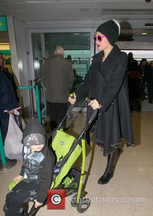 Gwen Stefani Gwen Stefani and Gavin Rossdale depart from their London home with their children, Kingston and Zuma  Featuring:...