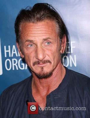 Hollywood Actor Sean Penn Is Sponsoring Ten Nyc Marathon Runners