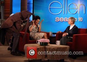 Star, Cloud Atlas, Halle Berry, The Ellen, Ellen, Show, Friday, October, Olivier Martinez. Plus and Halloween