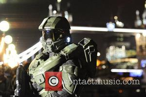 Atmosphere, Tower Bridge X Box, London, Halo, Fans, London. The and England