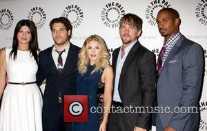 Casey Wilson, Adam Pally, Elisha Cuthbert, Zachary Knighton, Damon Wayans and Jr