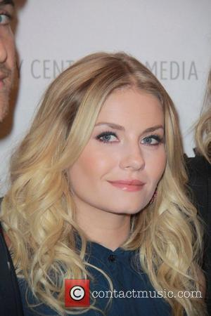 Elisha Cuthbert The Paley Center for Media Presents An Evening with 'Happy Endings' and 'Don't Trust The B---- In Apartment...