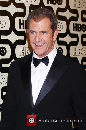 Mel Gibson, Beverly Hilton Hotel