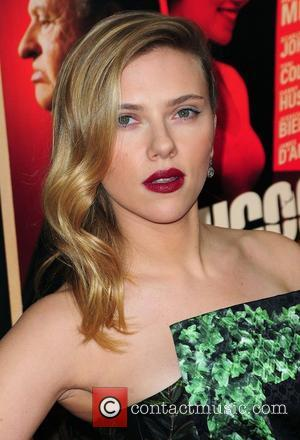 Is Scarlett Johansson Off The Market Again?