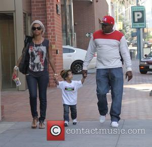 Bobby Brown visits the doctors office with his family Beverly Hills, California - 02.02.12