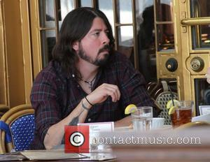 Dave Grohl has lunch at The Little Door in Hollywood Hollywood, California - 07.03.12